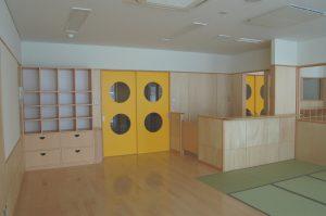 保育園 保育室 収納戸棚 調乳スペース